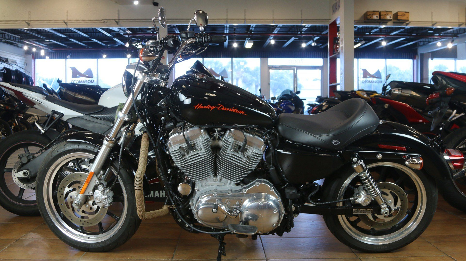2013 Harley-Davidson Sportster® 883 SuperLow® in Pinellas Park, Florida - Photo 10