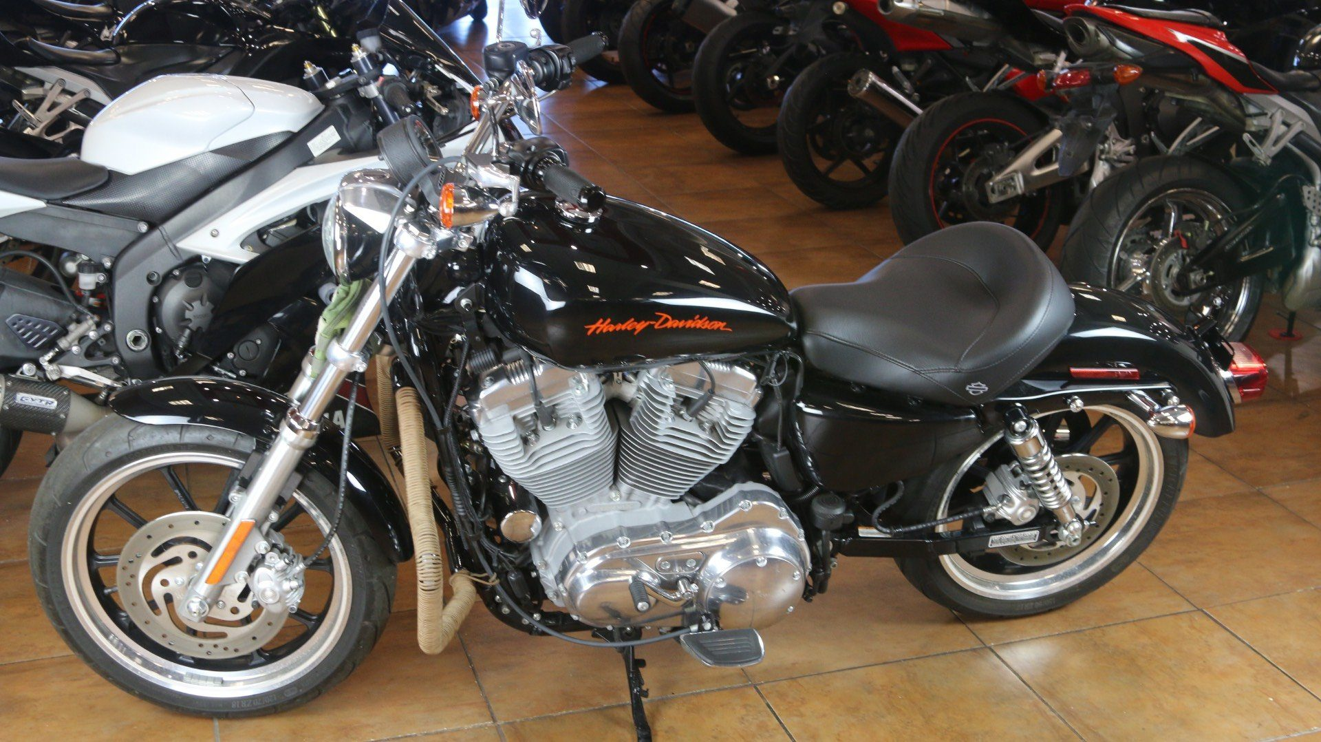 2013 Harley-Davidson Sportster® 883 SuperLow® in Pinellas Park, Florida - Photo 11
