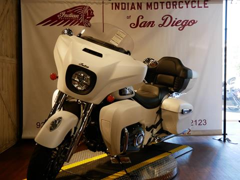 2020 Indian Roadmaster® Dark Horse® in San Diego, California - Photo 9