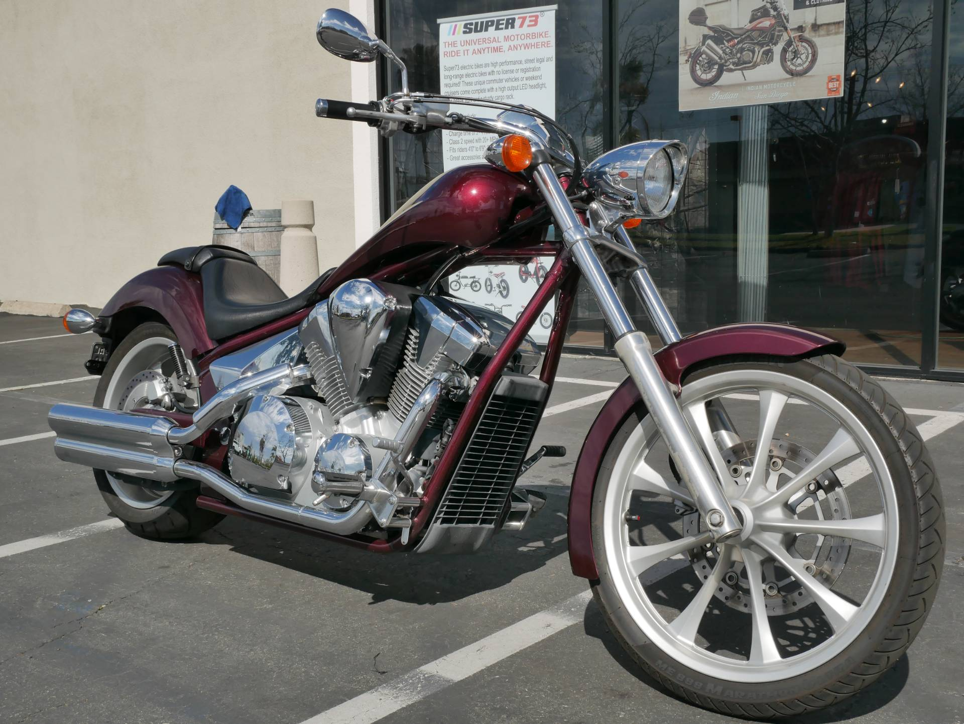 2010 Honda Fury™ in San Diego, California - Photo 2
