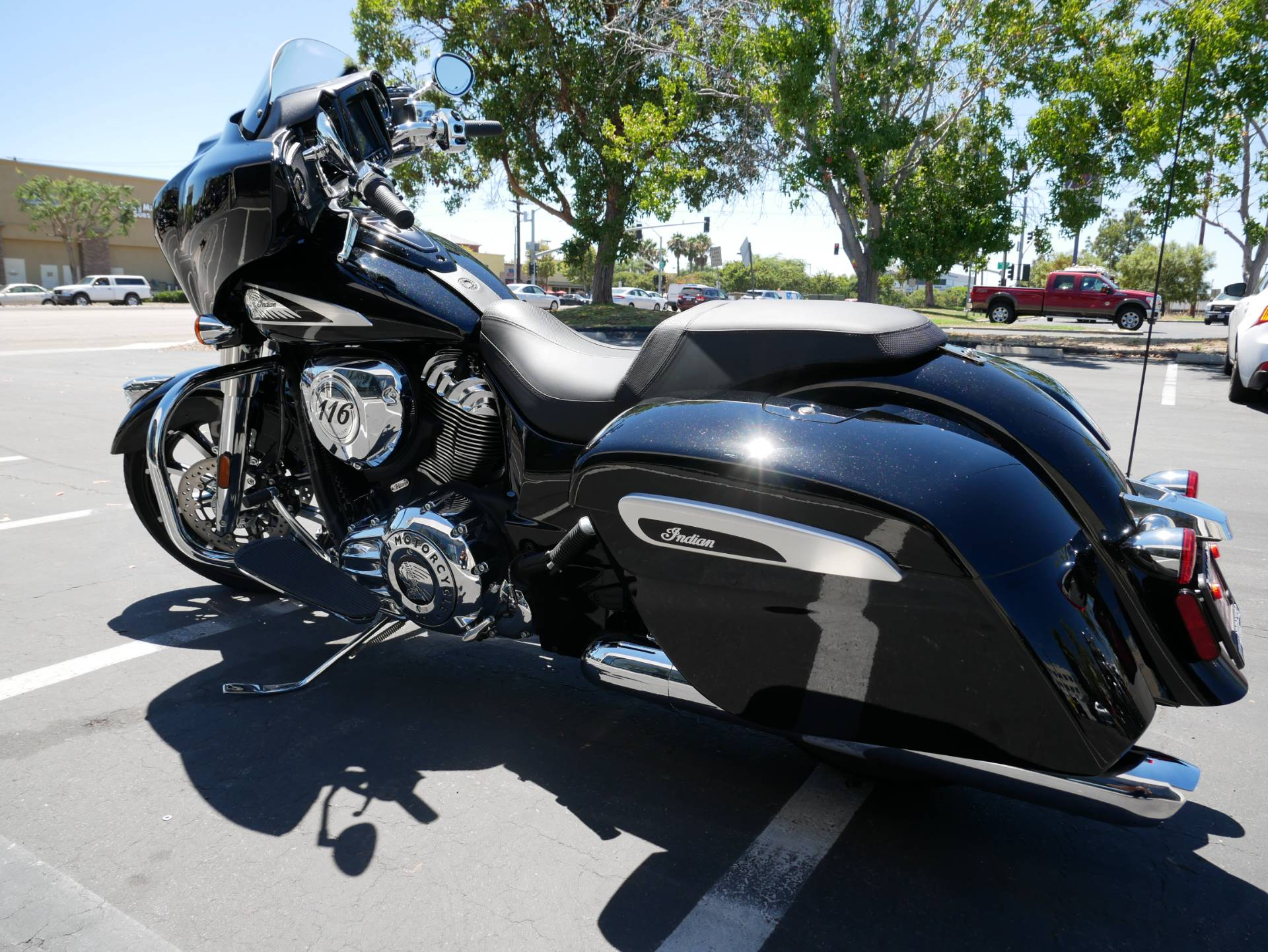 2020 Indian Chieftain® Limited in San Diego, California - Photo 9
