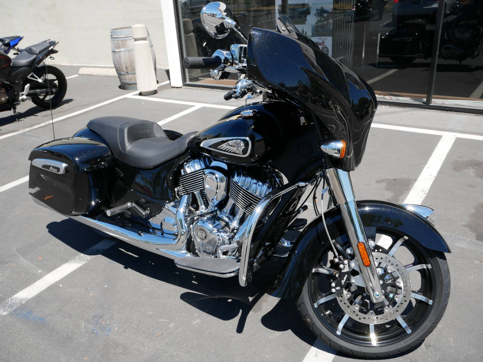 2020 Indian Chieftain® Limited in San Diego, California - Photo 6