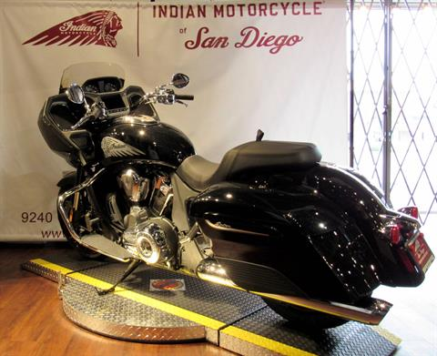 2020 Indian Challenger® Limited in San Diego, California - Photo 4