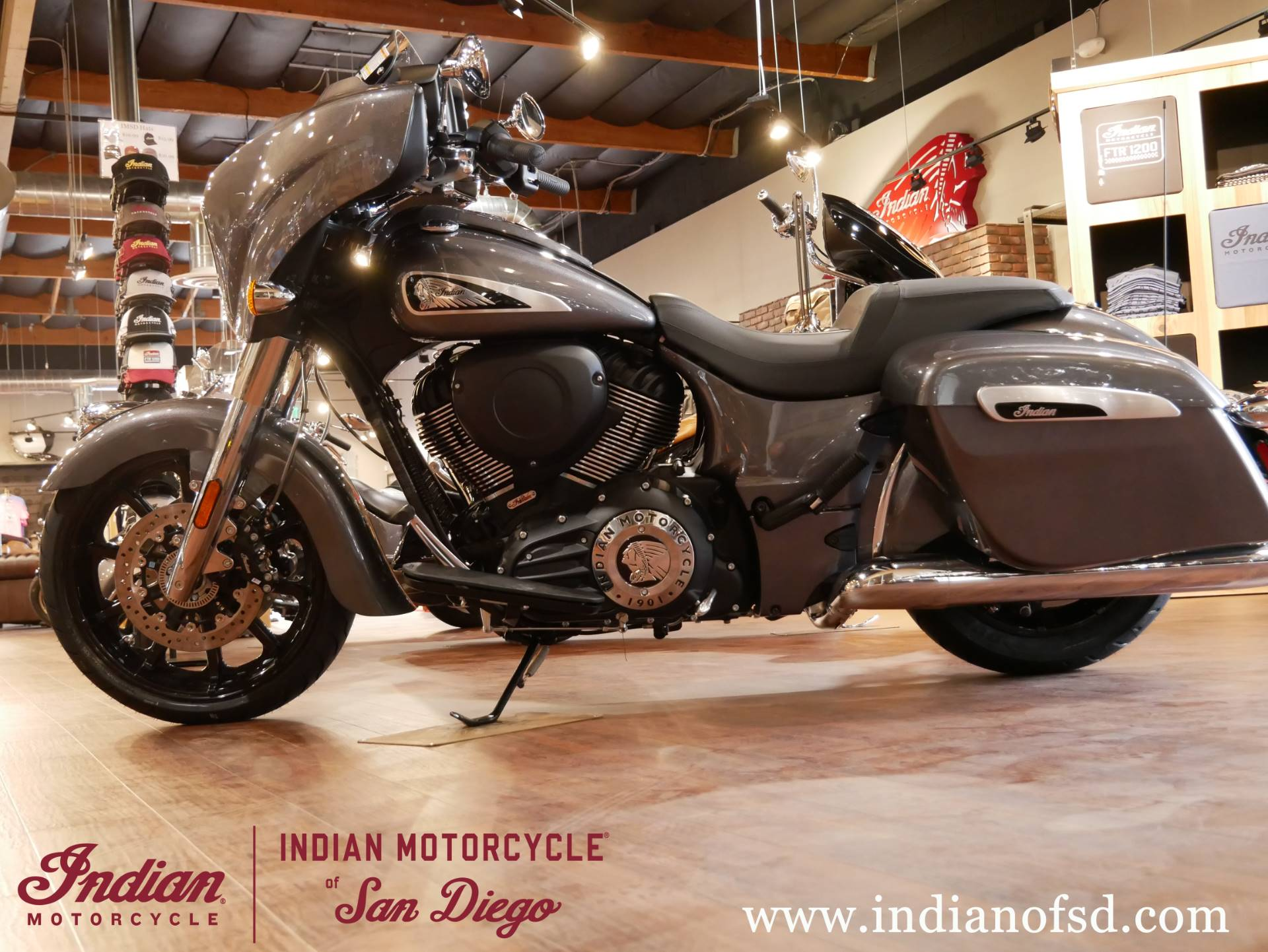 2019 Indian Chieftain® ABS in San Diego, California - Photo 13