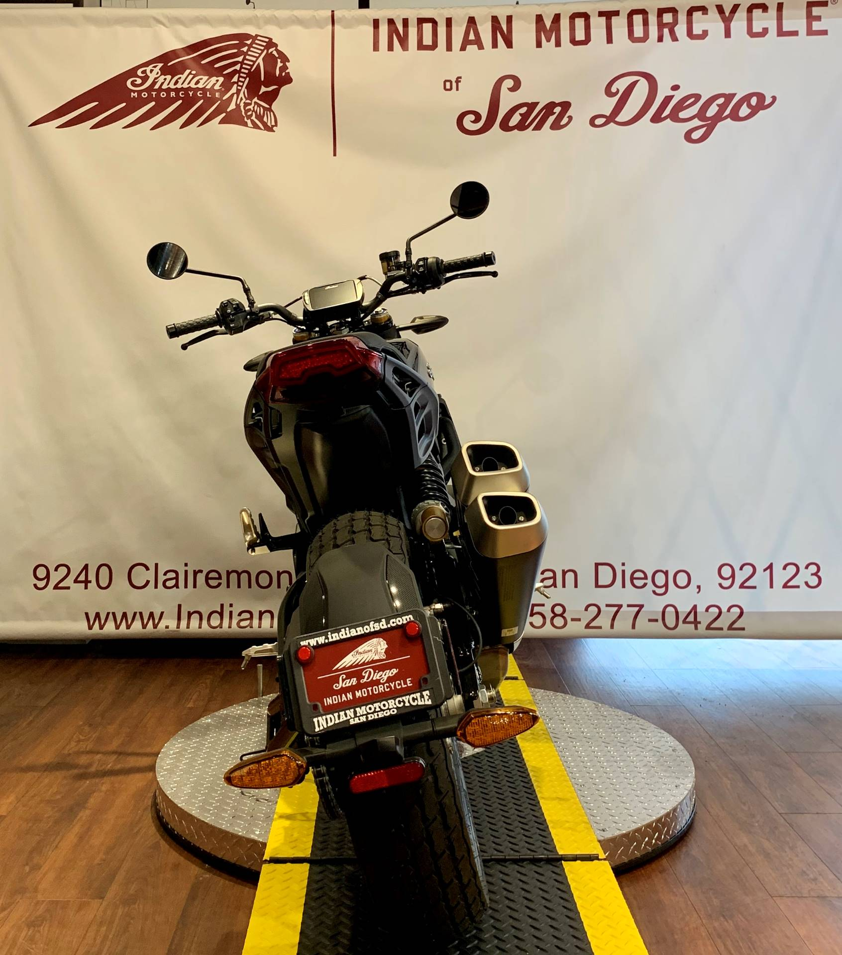 2019 Indian FTR™ 1200 S in San Diego, California - Photo 3