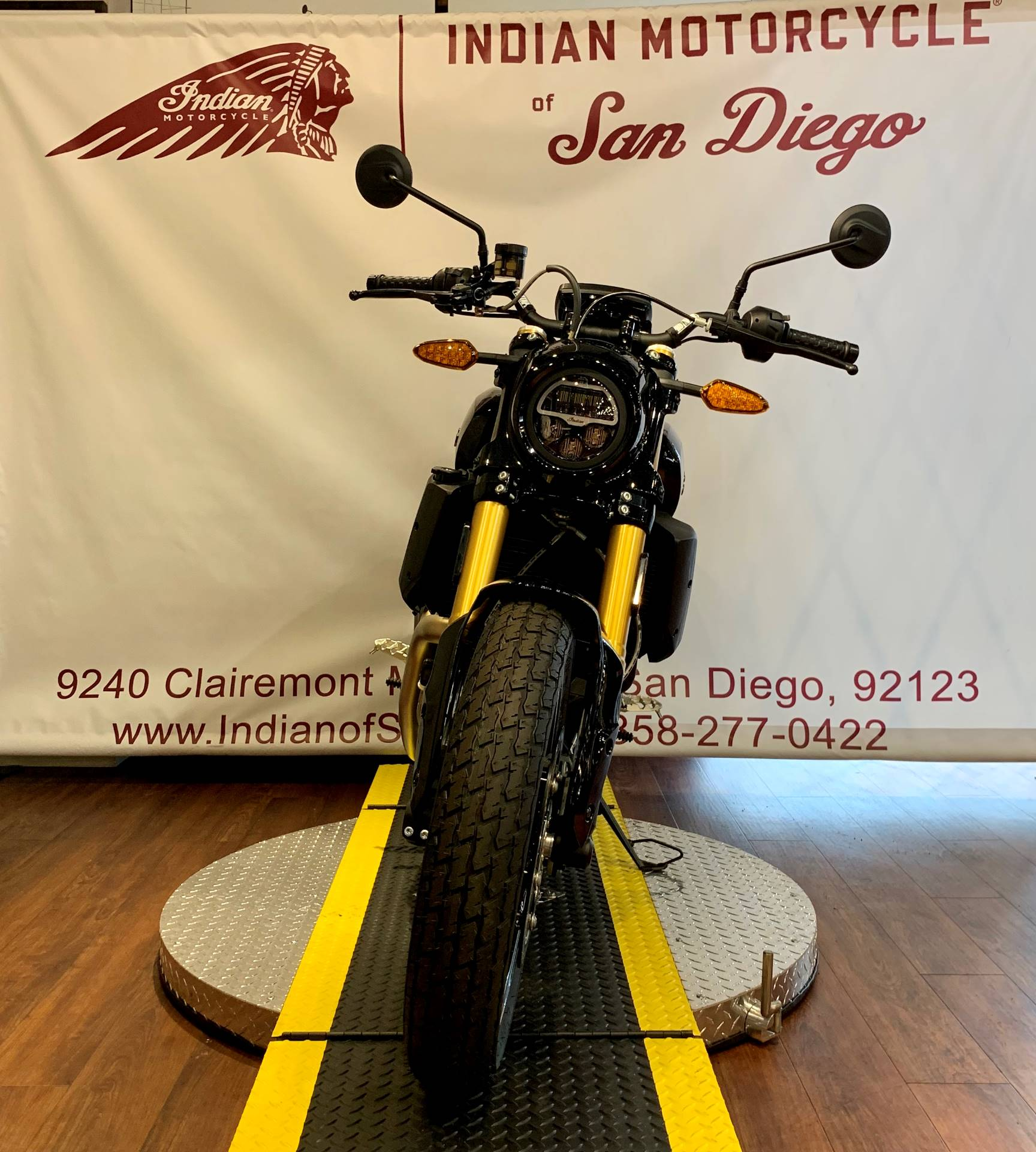 2019 Indian FTR™ 1200 S in San Diego, California - Photo 7