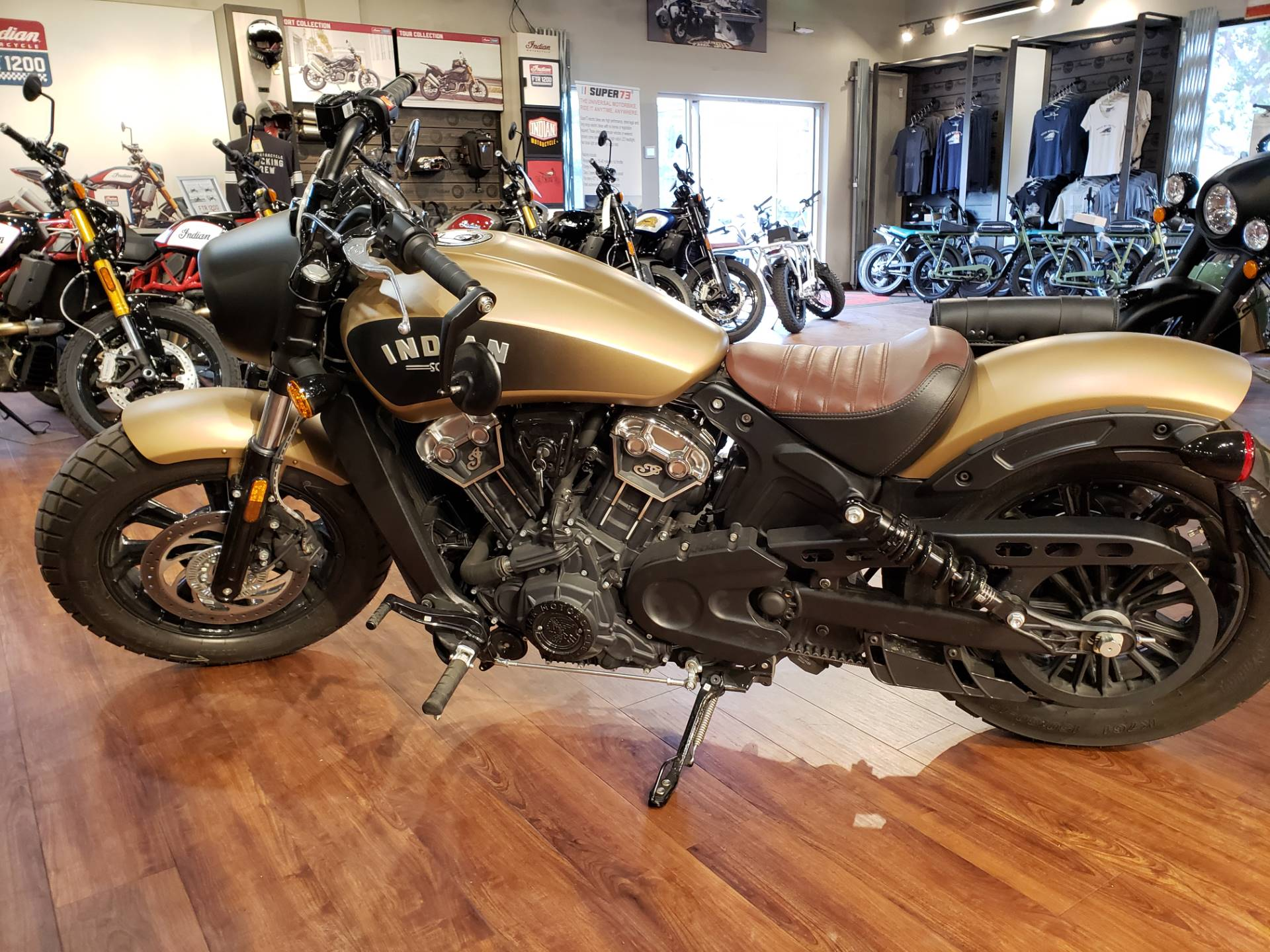 2019 Indian Scout® Bobber ABS Icon Series in San Diego, California - Photo 9