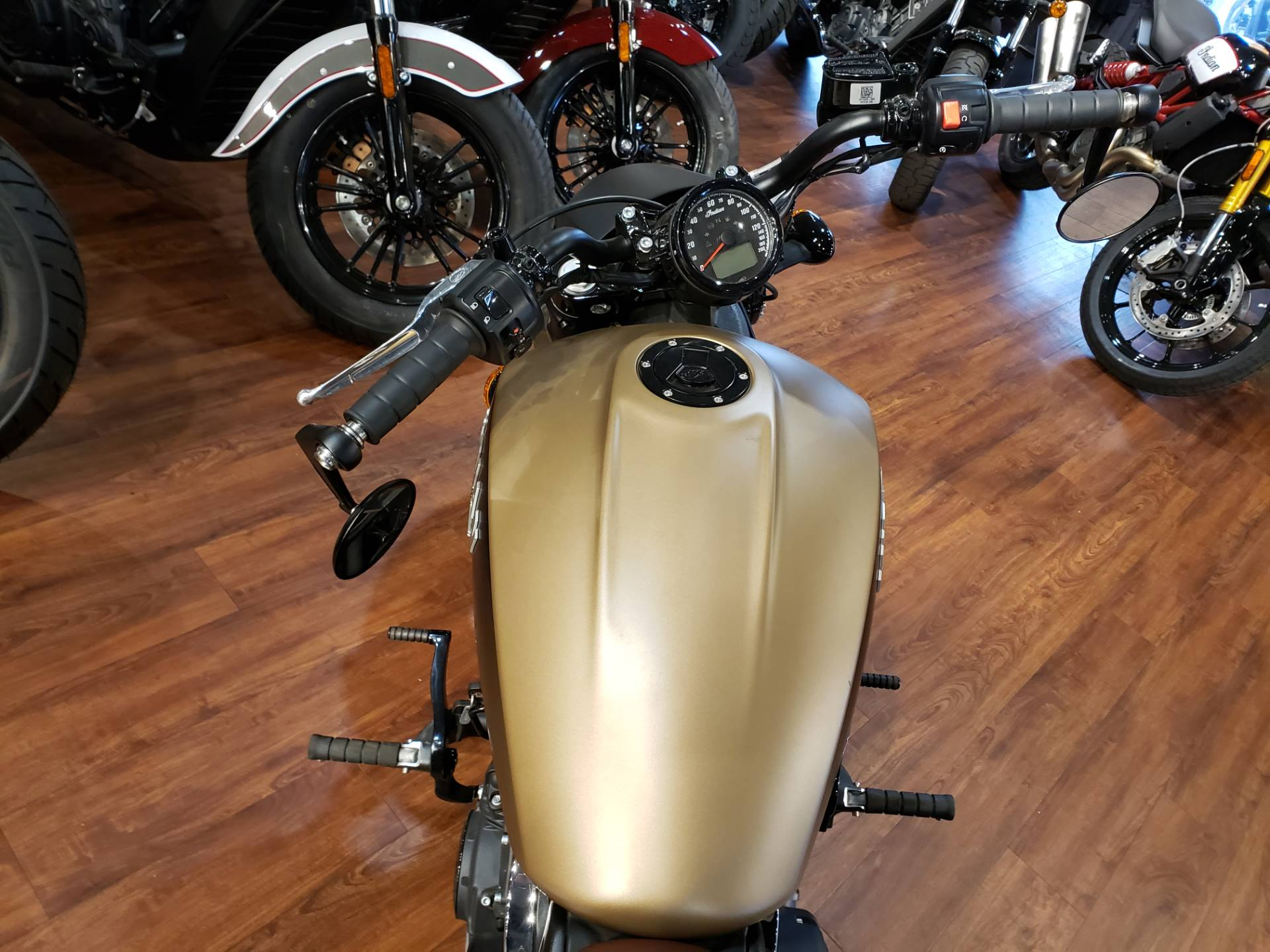 2019 Indian Scout® Bobber ABS Icon Series in San Diego, California - Photo 12