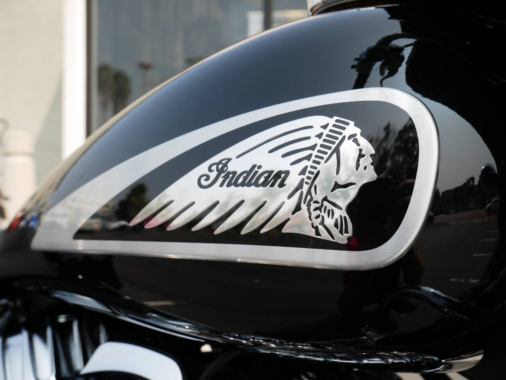 2021 Indian Chieftain® Limited in San Diego, California - Photo 5