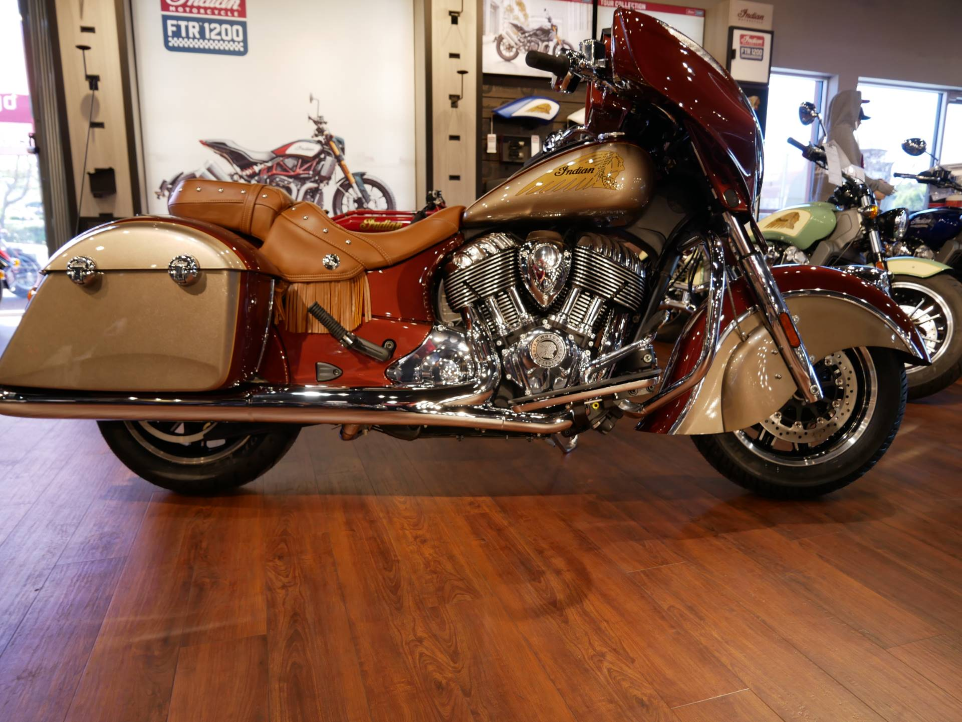 2019 Indian Chieftain® Classic Icon Series in San Diego, California - Photo 1