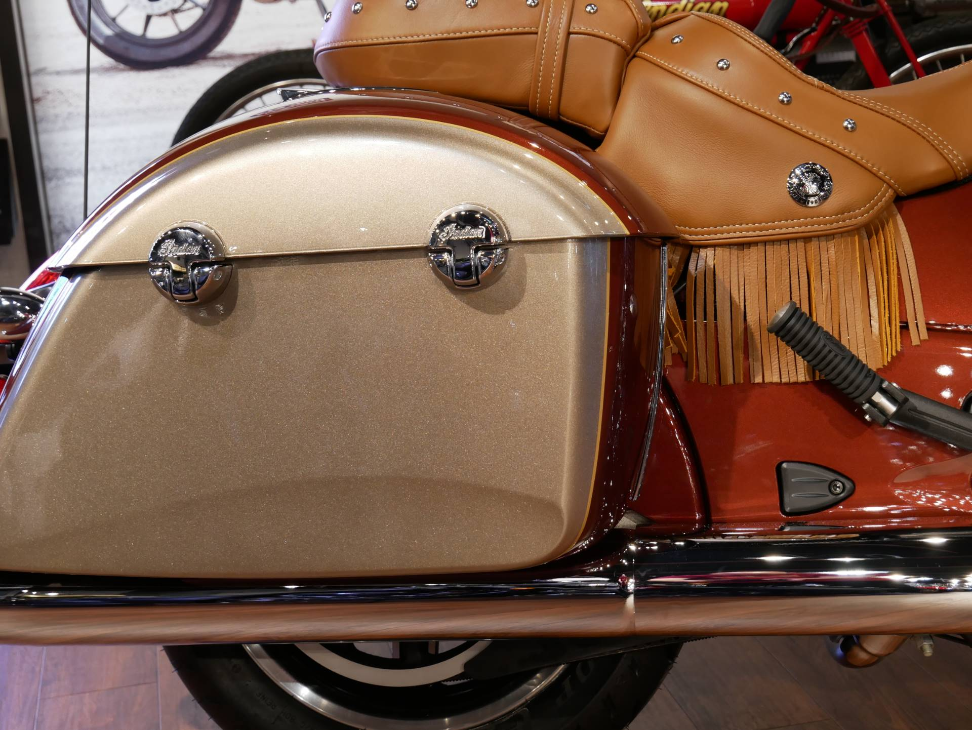 2019 Indian Chieftain® Classic Icon Series in San Diego, California - Photo 12