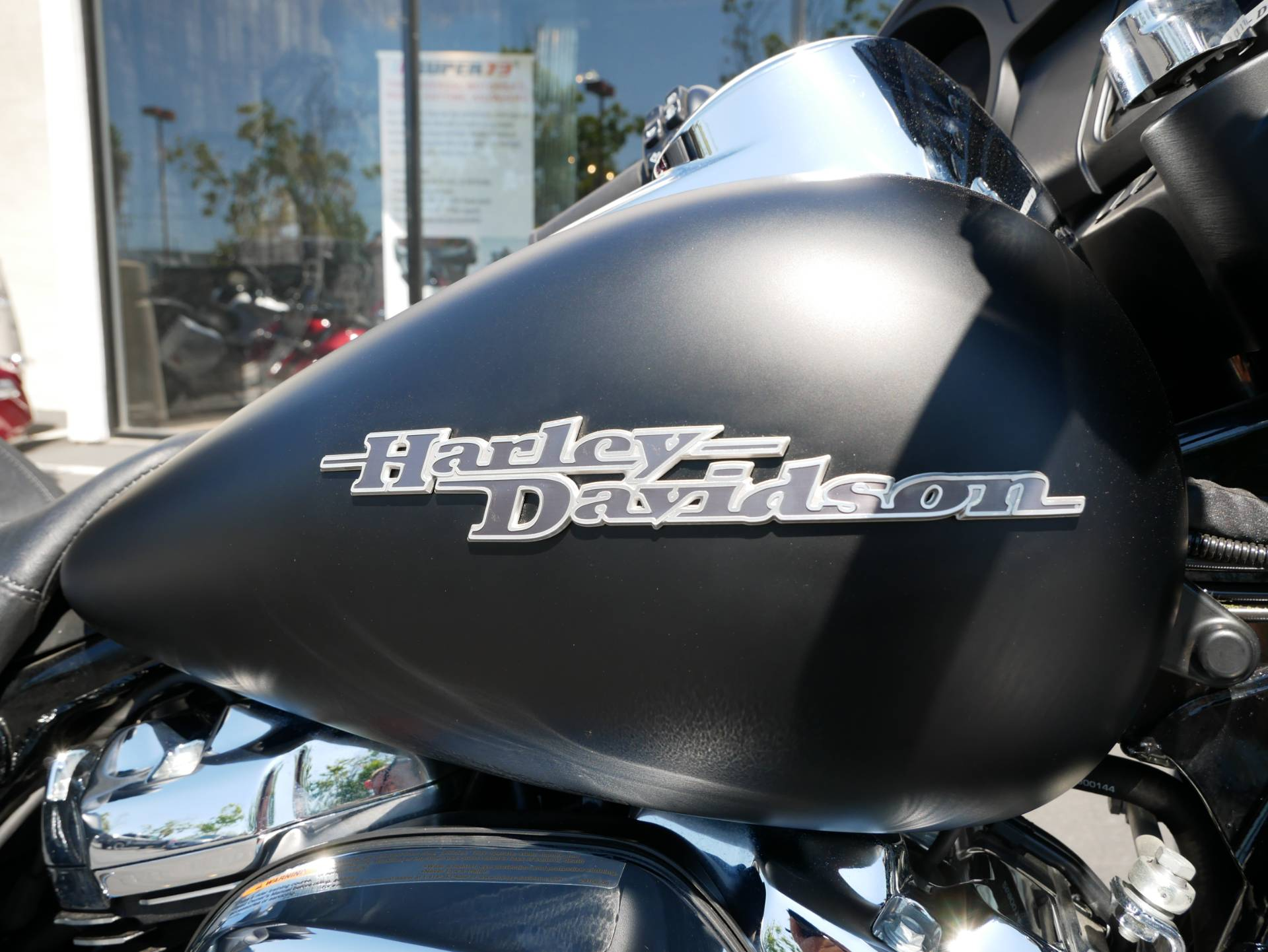 2017 Harley-Davidson Street Glide® Special in San Diego, California - Photo 6