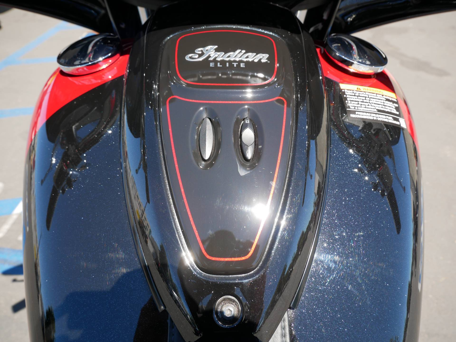 2020 Indian Chieftain® Elite in San Diego, California - Photo 14