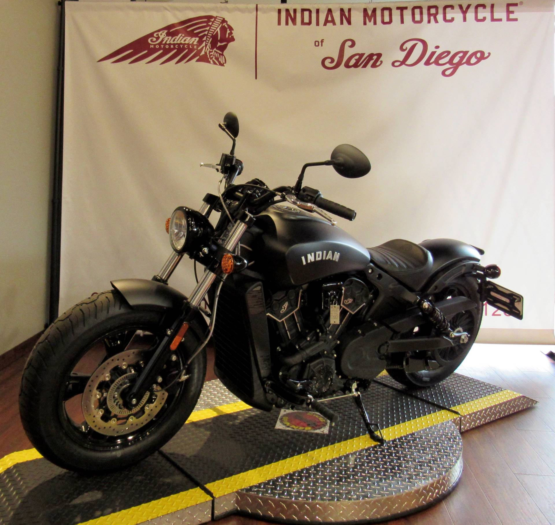 2020 Indian Scout® Bobber Sixty ABS in San Diego, California - Photo 5