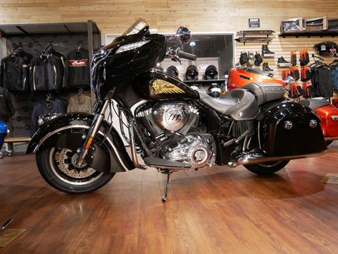 2019 Indian Chieftain® Classic ABS in San Diego, California - Photo 6