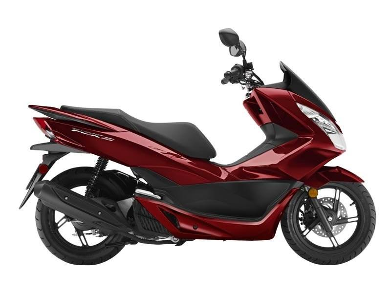 2016 Honda PCX150 Dark Candy Red in Rockwall, Texas