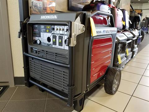 2016 Honda Power Equipment EU7000iS in Rockwall, Texas