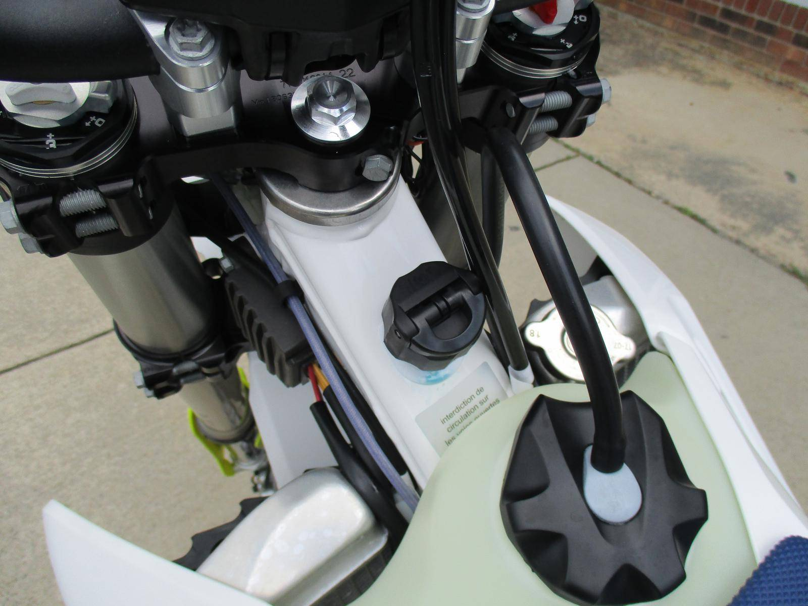2019 Husqvarna TE 300i in Hendersonville, North Carolina