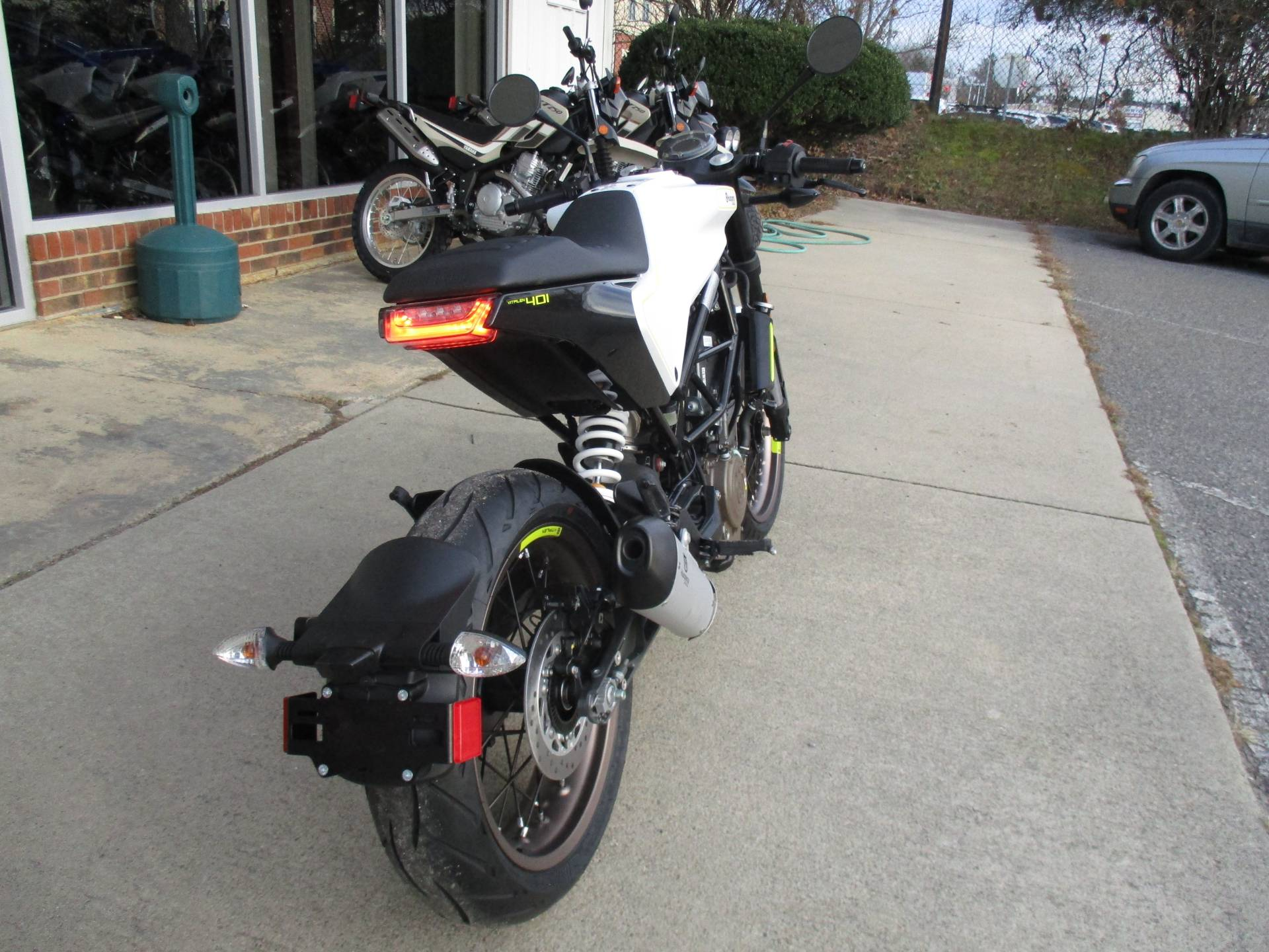 2019 Husqvarna Vitpilen 401 in Hendersonville, North Carolina - Photo 3