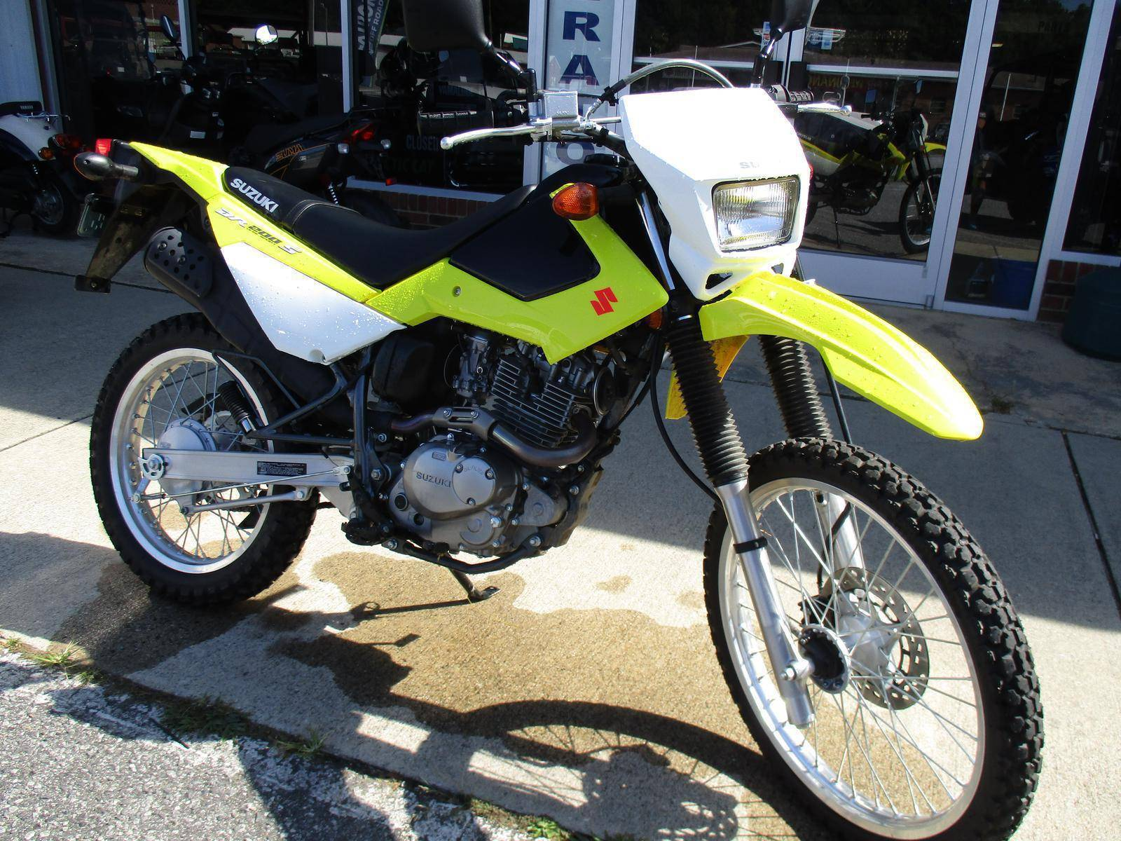 2015 Suzuki DR200S in Hendersonville, North Carolina