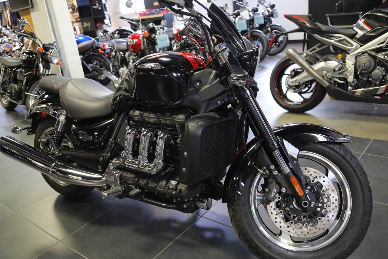 2016 Triumph Rocket III Roadster ABS in Philadelphia, Pennsylvania - Photo 2