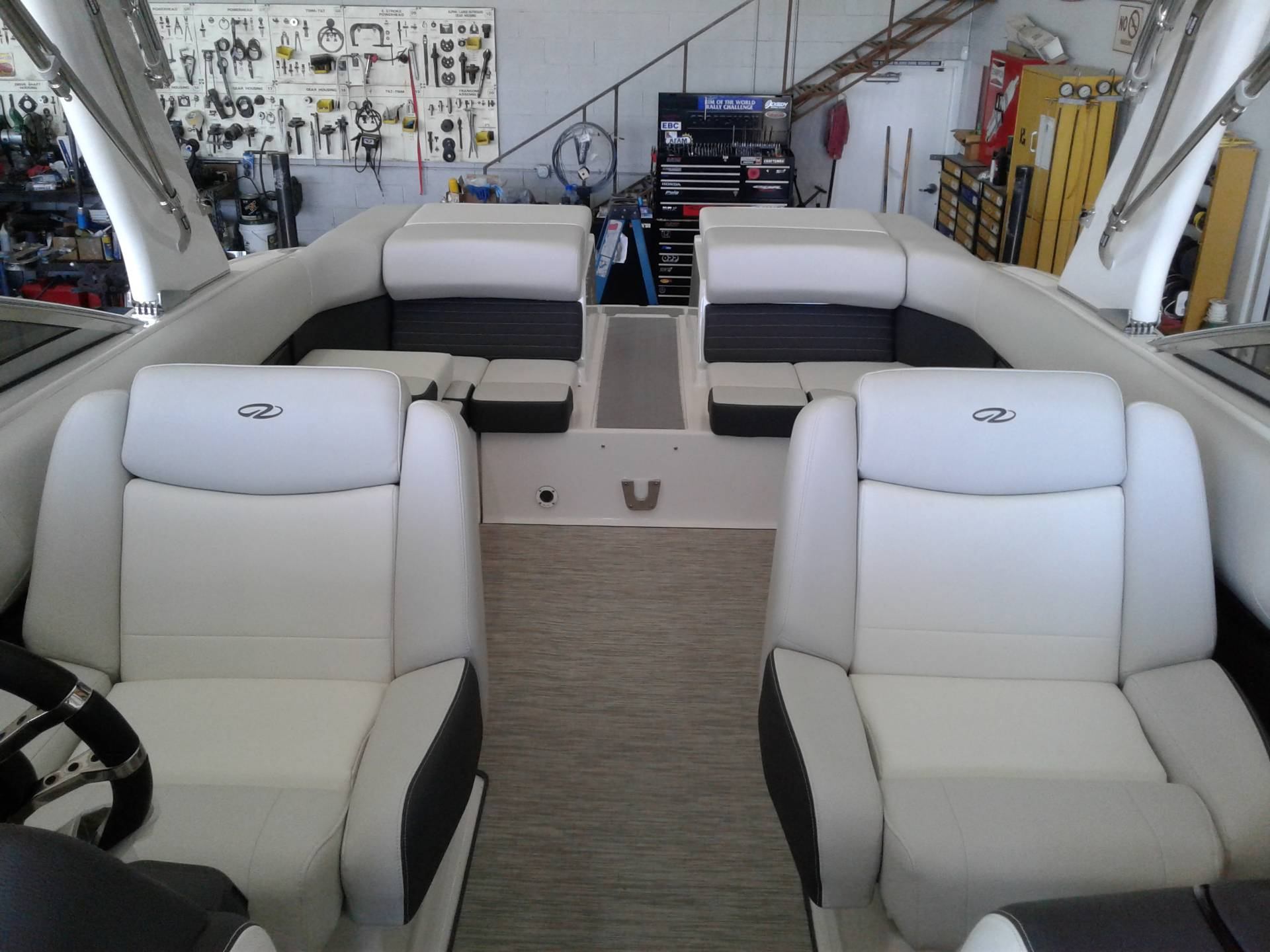2017 Regal Boats 2700 ES in Henderson, Nevada