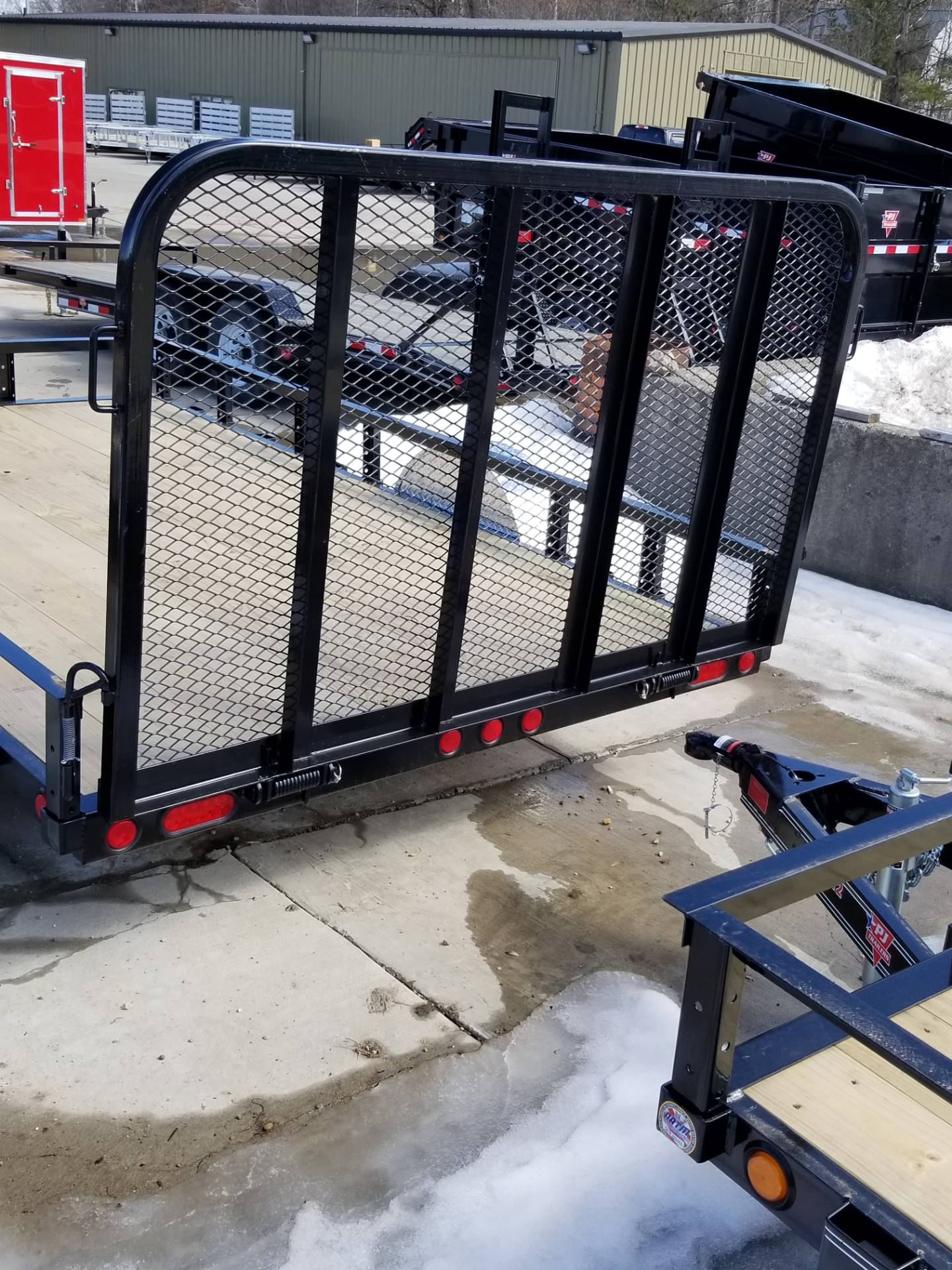 "2019 PJ Trailers 83"" Single Axle Channel Utility (U8) in Hillsboro, Wisconsin - Photo 8"