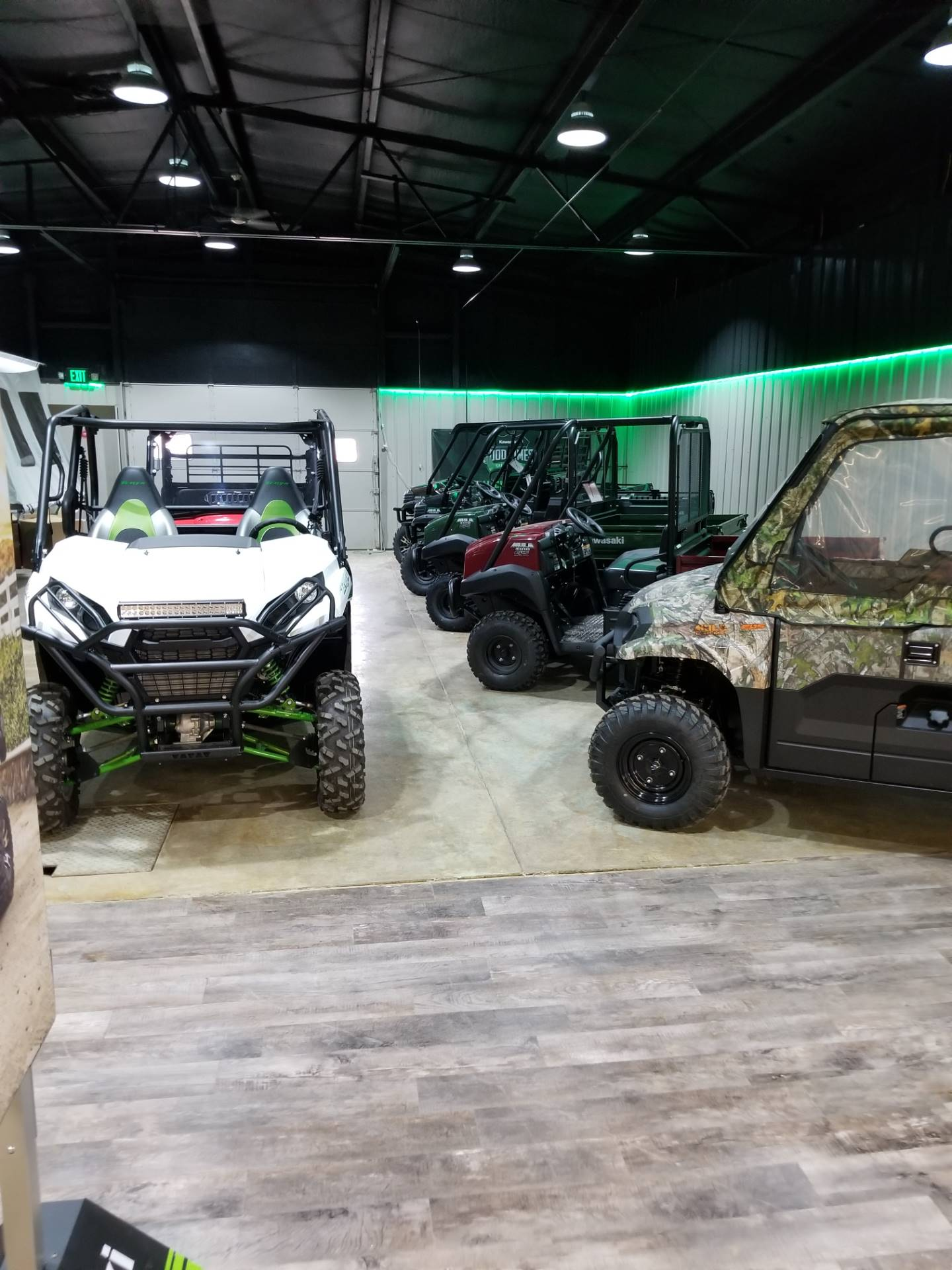 2019 Kawasaki Mule 4010 4x4 in Hillsboro, Wisconsin - Photo 5