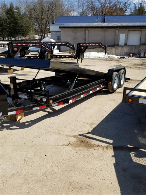 2019 PJ Trailers CARHAULER/EQUIP TILT TRAILER in Hillsboro, Wisconsin - Photo 2