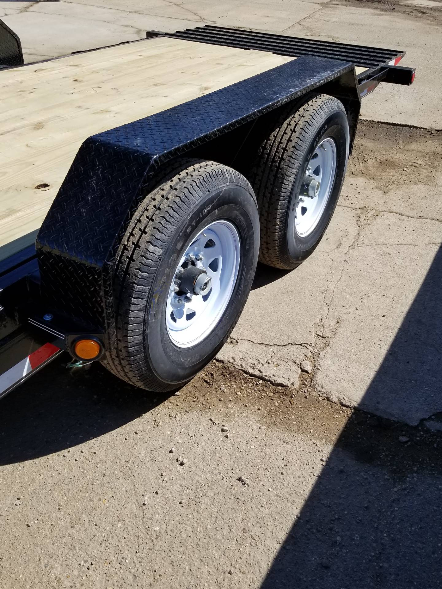 2019 PJ Trailers CARHAULER/EQUIP TILT TRAILER in Hillsboro, Wisconsin - Photo 6