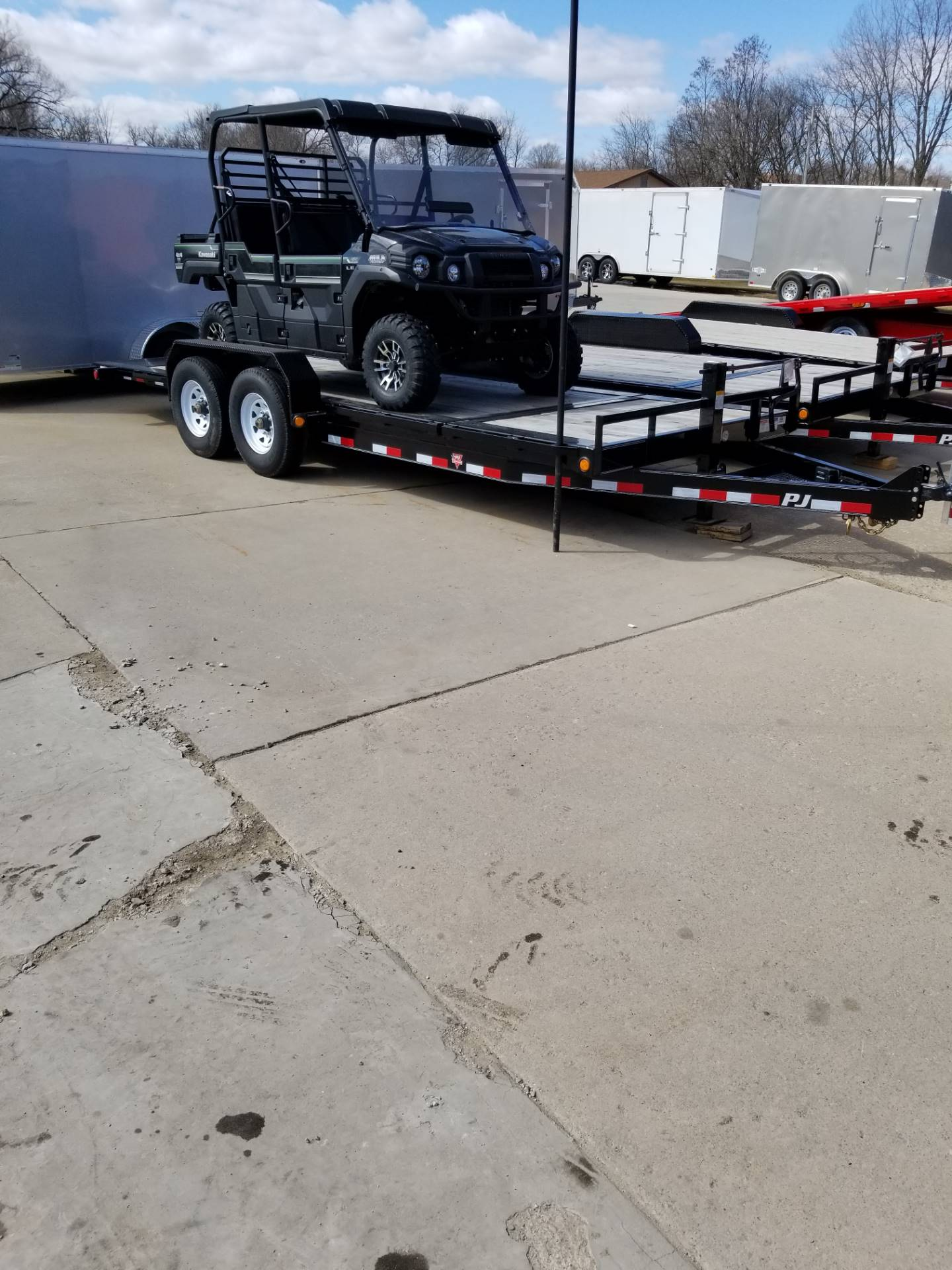 2019 PJ Trailers EQUIPMENT TILT in Hillsboro, Wisconsin - Photo 4