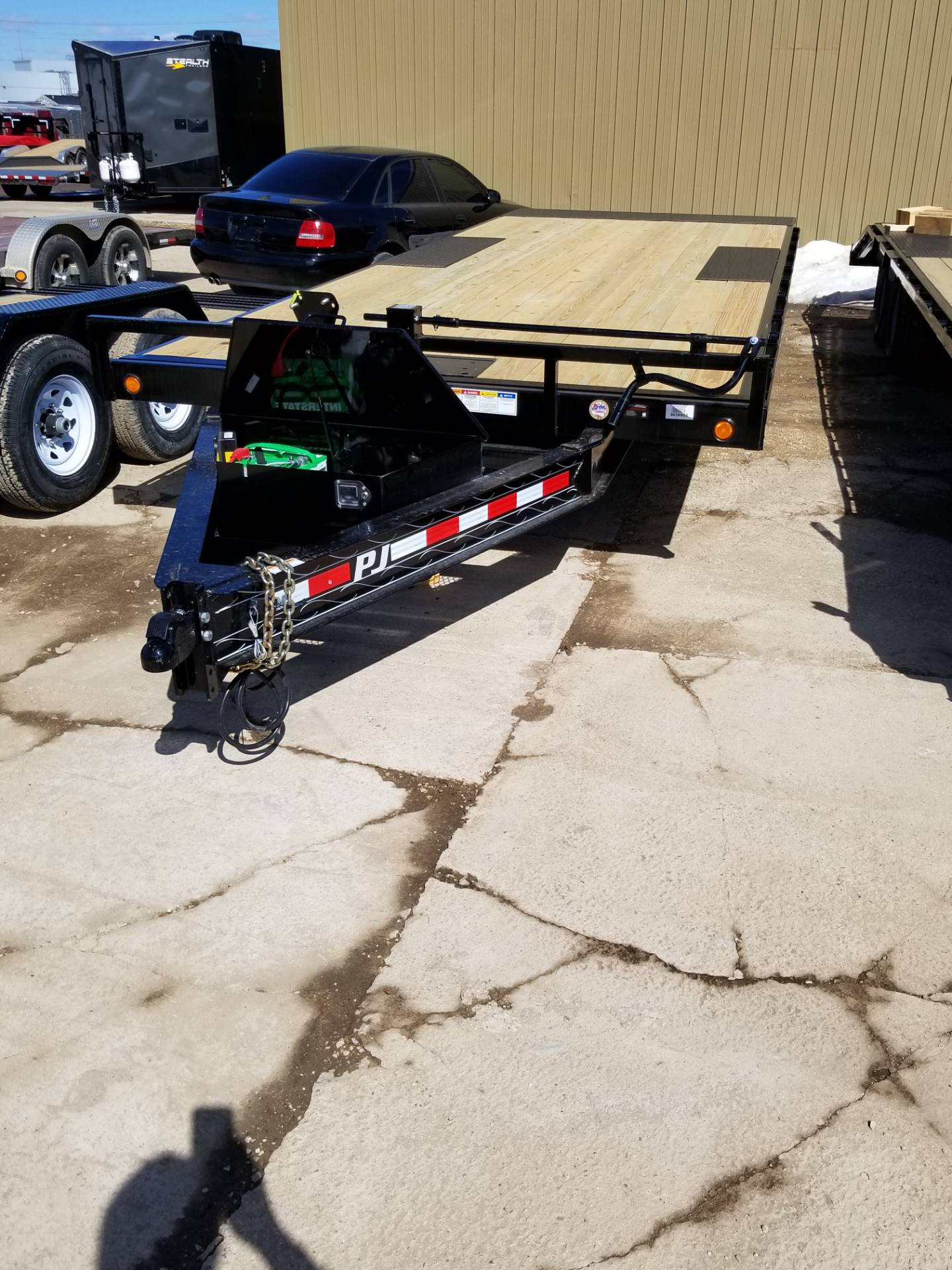 2019 PJ Trailers 22' DECKOVER TILT in Hillsboro, Wisconsin - Photo 2