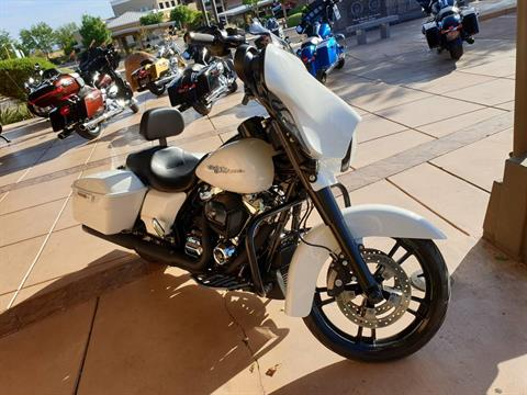 2017 Harley-Davidson Street Glide® Special in Washington, Utah - Photo 3