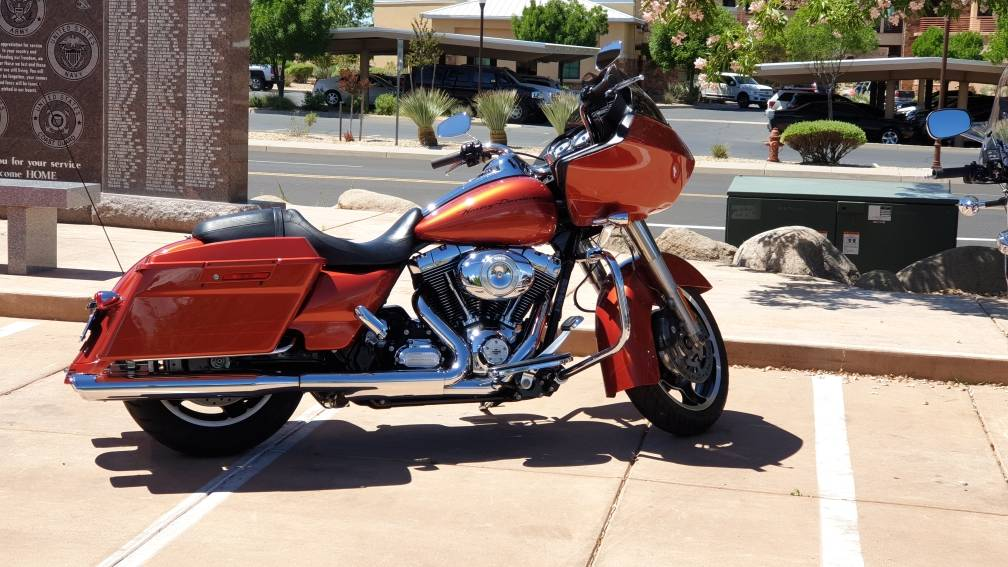 2011 Harley-Davidson Road Glide® Custom in Washington, Utah - Photo 2