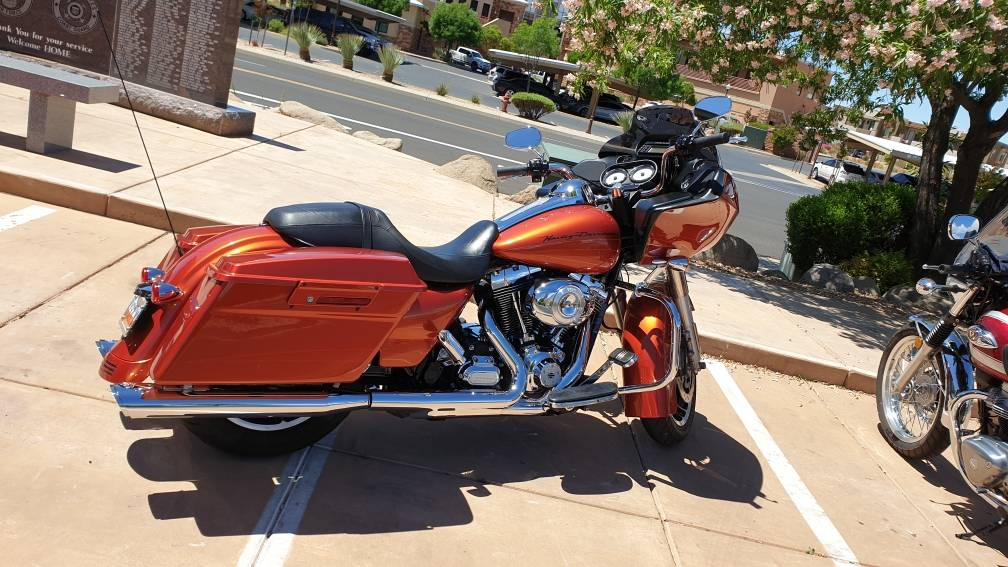 2011 Harley-Davidson Road Glide® Custom in Washington, Utah - Photo 3