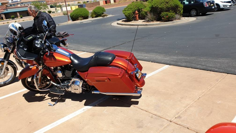 2011 Harley-Davidson Road Glide® Custom in Washington, Utah - Photo 6