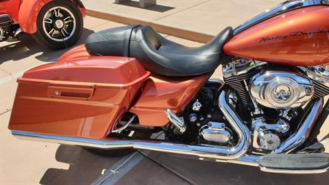 2011 Harley-Davidson Road Glide® Custom in Washington, Utah - Photo 9