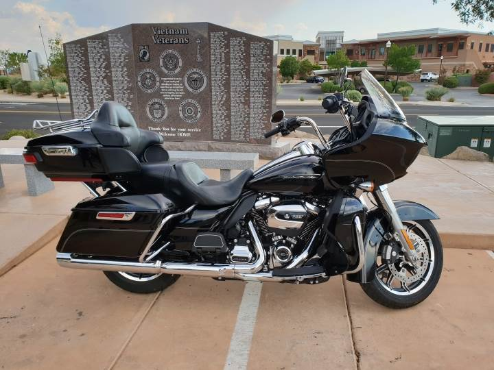 2017 Harley-Davidson Road Glide Ultra for sale 898