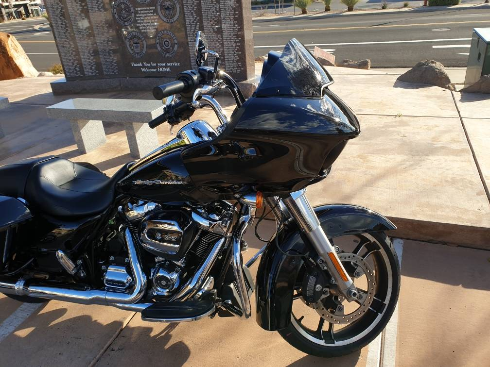 2018 Harley-Davidson Road Glide® in Washington, Utah - Photo 2