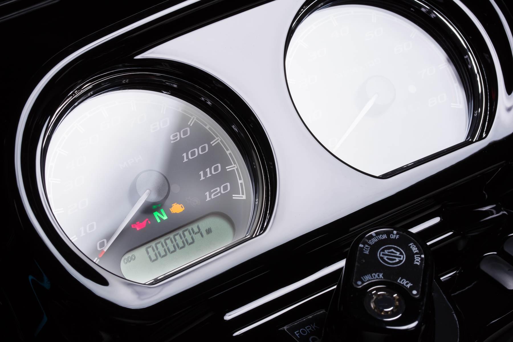 2018 Harley-Davidson Road Glide Special 6