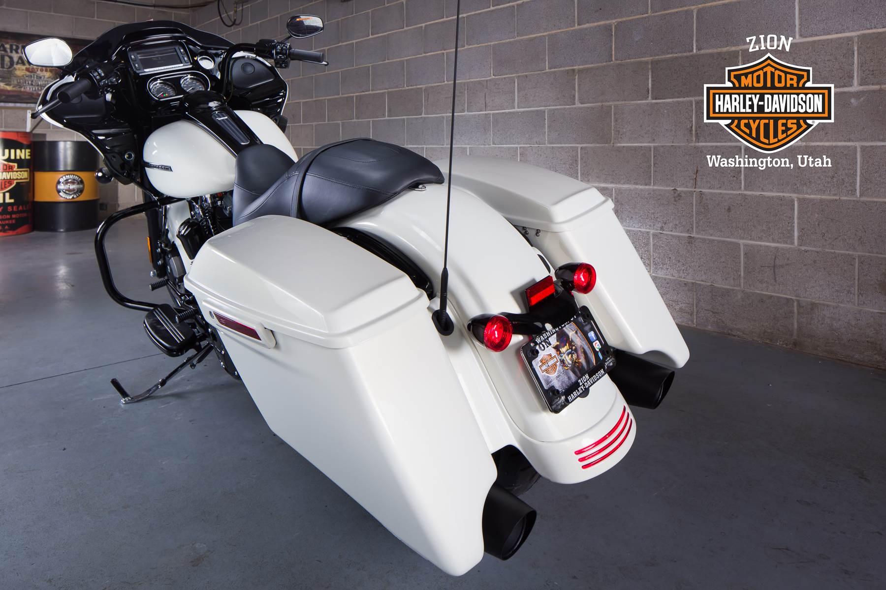 2018 Harley-Davidson Road Glide Special 8