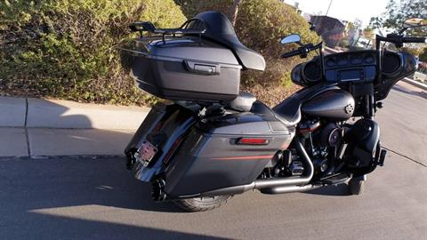 2018 Harley-Davidson CVO™ Street Glide® in Washington, Utah - Photo 8