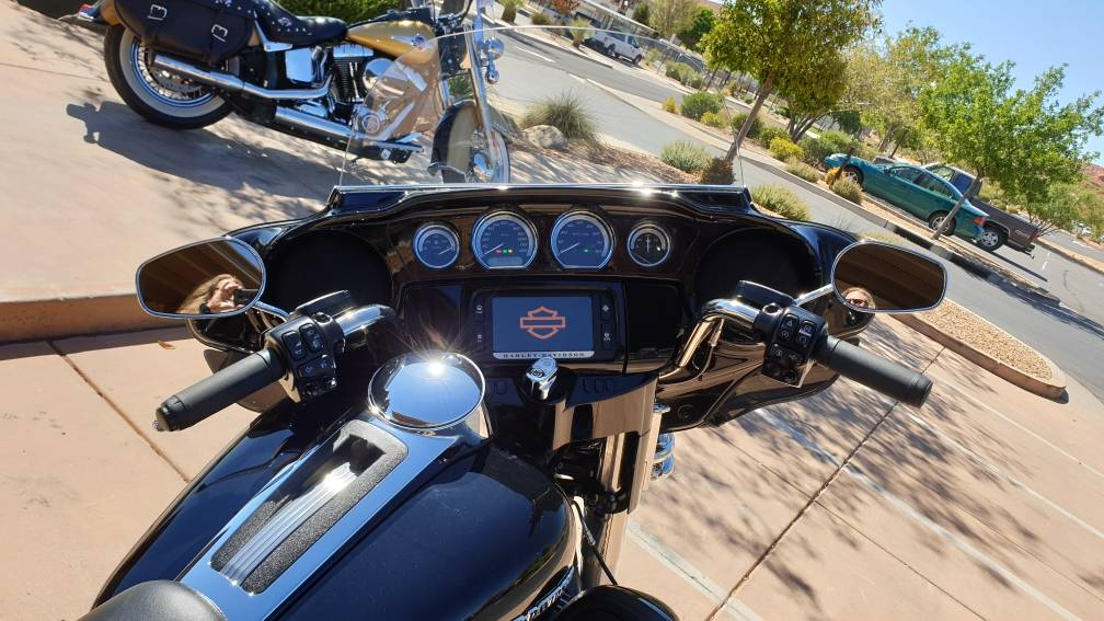 2018 Harley-Davidson Ultra Limited in Washington, Utah - Photo 10