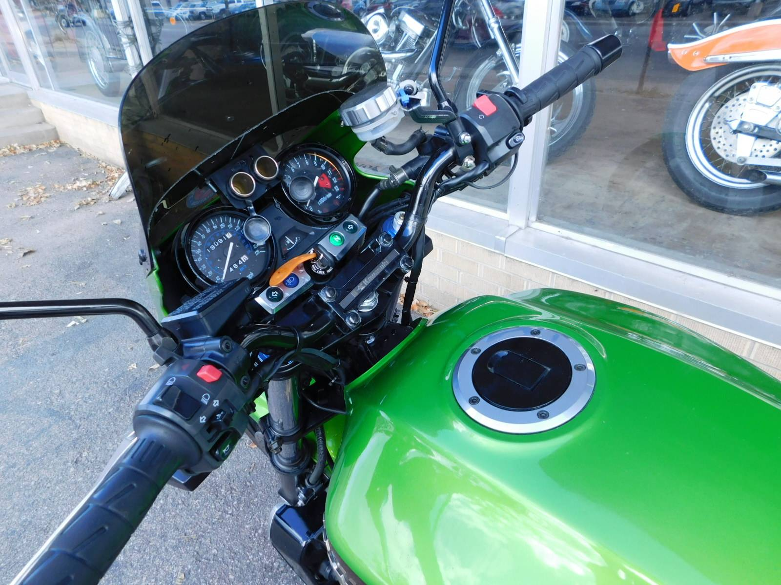 2002 Kawasaki ZRX 1200R in Loveland, Colorado - Photo 7