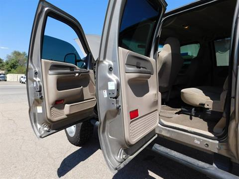 2004 Ford f-250 Super Duty 4WD Super 4 Door in Loveland, Colorado - Photo 17