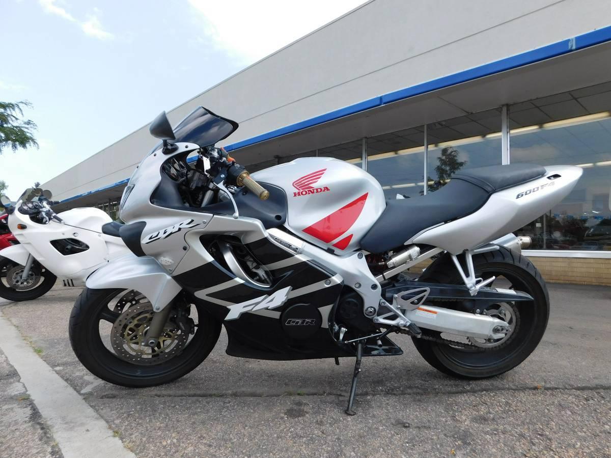 100 Honda Cbr 600 F4 Akrapovic Scooter Motorcycle