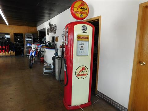 1975 Other Full Size Bennett Gilmore Gas Pump in Loveland, Colorado