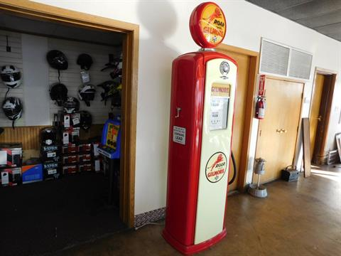 Other Full Size Bennett Gilmore Gas Pump in Loveland, Colorado - Photo 3
