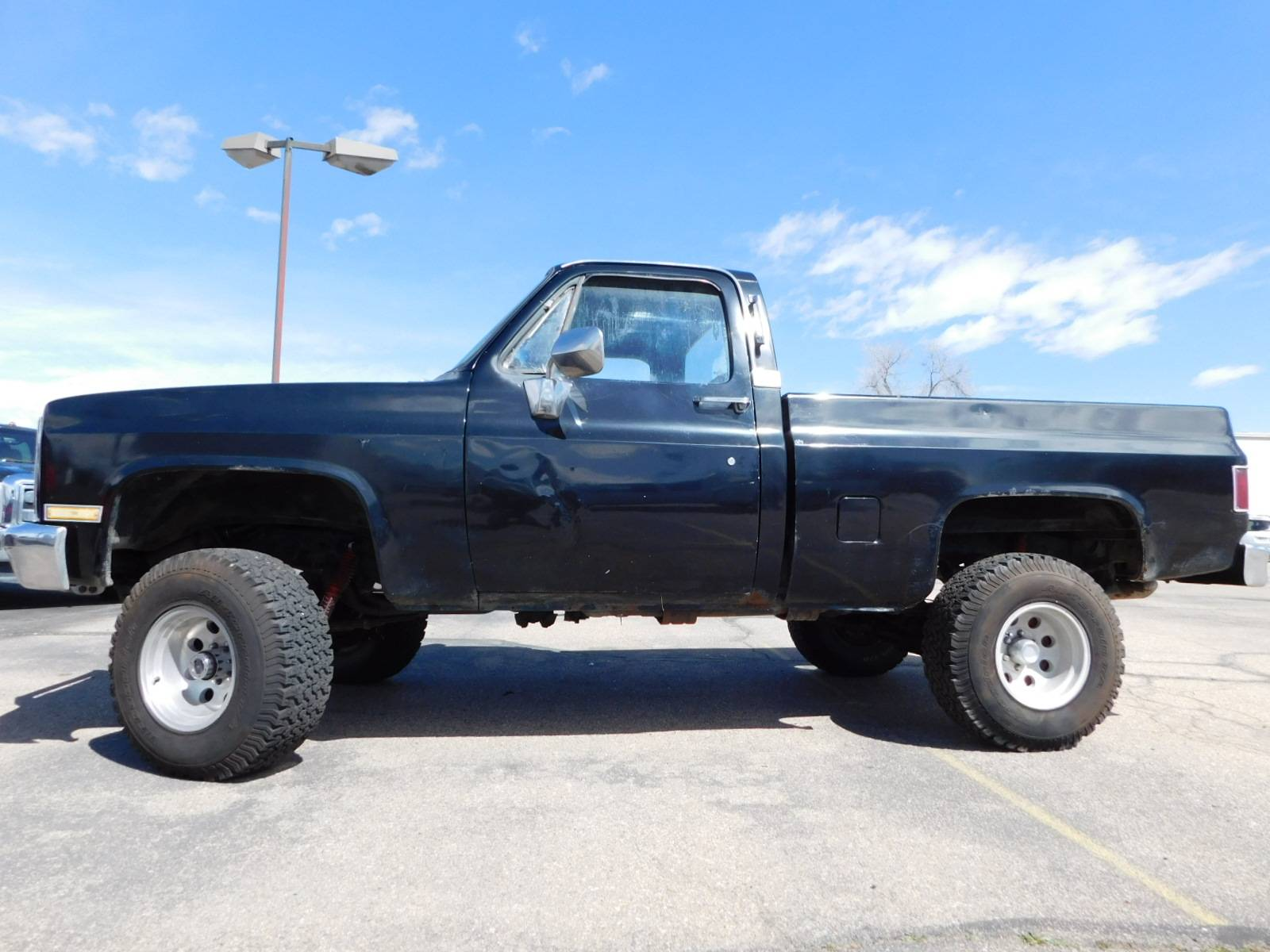 1984 GMC Sierra 1500 4X4 in Loveland, Colorado - Photo 1