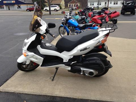 2013 Genuine Scooters Blur 220i in Amherst, Ohio